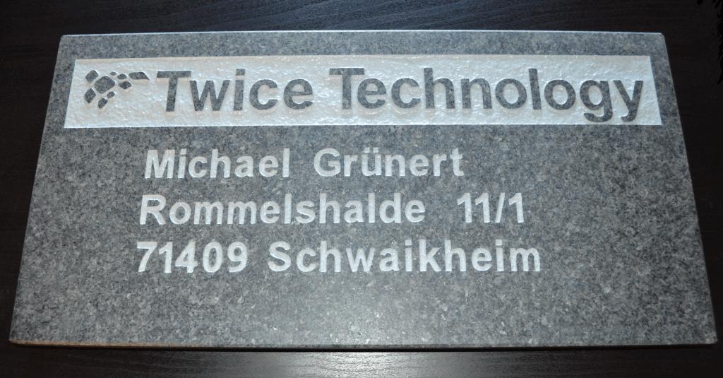 Twice Technology Schwaikheim Firmenschild aus Stein